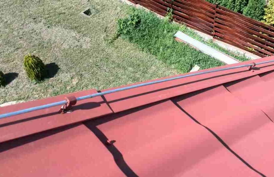 Крепления провода на ветровой доске